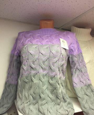 Свитер новый, платье атлас с открытой спиной