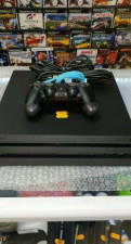 Sony PS4 PRO 1тб 5.05 прошиваемый