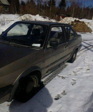 Volkswagen Jetta, 1988, купить маленькую машину бу