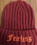 Шапка темно-бордовая с надписью fearless, Агалатово