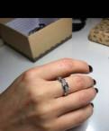 Серебряное кольцо с цирконами, Виллози