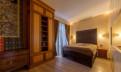 Резная кровать