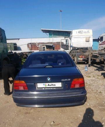 BMW 5 серия, 1999, рено дастер с автоматом и полным приводом цена
