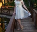 Вечернее платье, приталенное платье с расклешенной юбкой