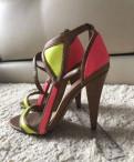 Босоножки Bershka, купить туфли на шпильке платформа недорого