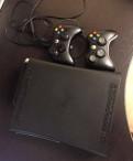 Xbox 360 (120gb hdd), 2 джойстика + игры