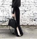 Штаны длинные bershka, свадебное платье со шлейфом простое