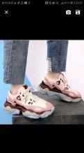 Стильная женская обувь 2018, кроссовки новые