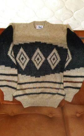 Скидки зимние костюмы colmar, продам свитер