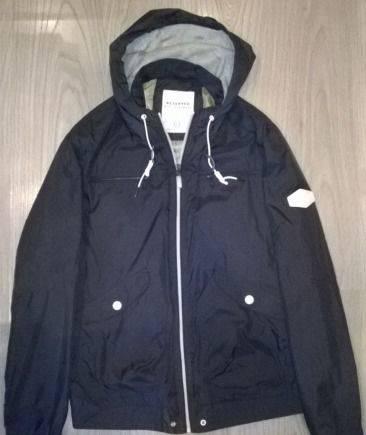 Ветровка Reserved, интернет магазин брендовой одежды по оптовым ценам