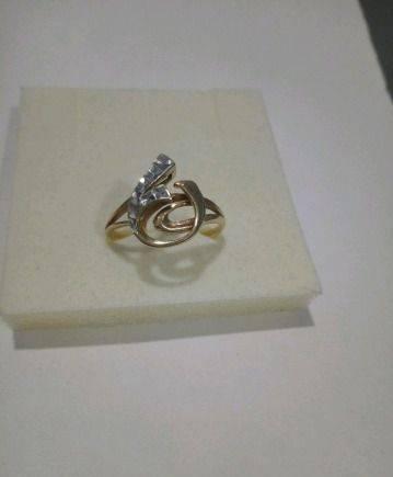 Золотое кольцо б/у