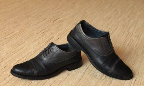 Купить футболку женскую adidas, туфли Garamond