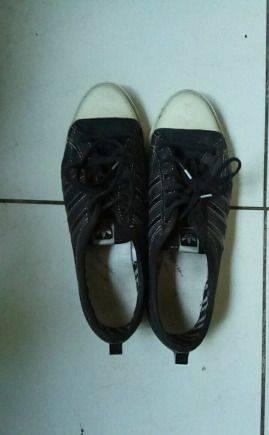 Купить футбольную обувь пума, кеды adidas б/у