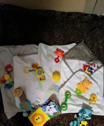 Постельные принадлежности и игрушки