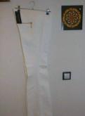 Белые брюки love republic новые, пуховики наоми консо интернет магазин распродажа, Федоровское