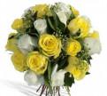 Букет белых и желтых роз в наличии