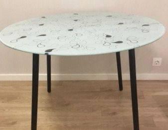 Стол стекло с рисунком