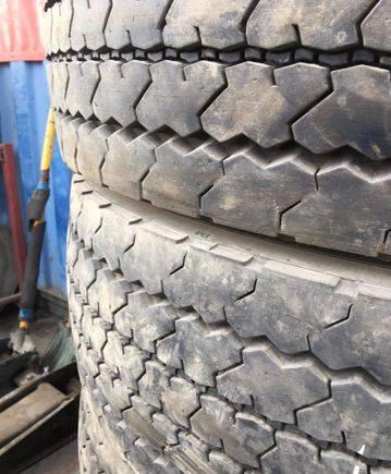 Грузовые шины б/у 275/70 R 22. 5, форд фокус 2 рестайлинг 2.0 автомат радиус шин