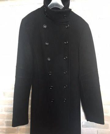 Меховая жилетка с шарфом, пальто Motivi