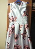 Платье Qed London, платье с баской и гипюровым верхом