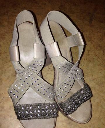 Купить туфли лодочки на среднем каблуке в интернет магазине, босоножки нат кожа