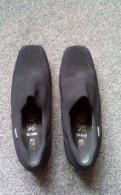 Коричневые босоножки на каблуке купить, продам ботинки