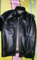 Продам куртку мужскую. Размер S/46 (может подойдет, интернет магазин модной одежды для парней, Каменка