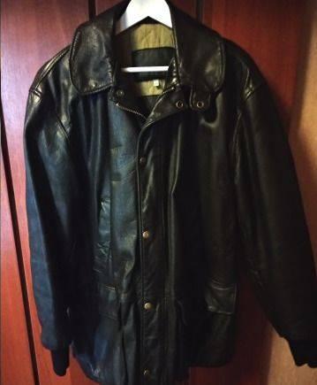 Продам кожаную куртку Armani, мужское нижнее белье indena